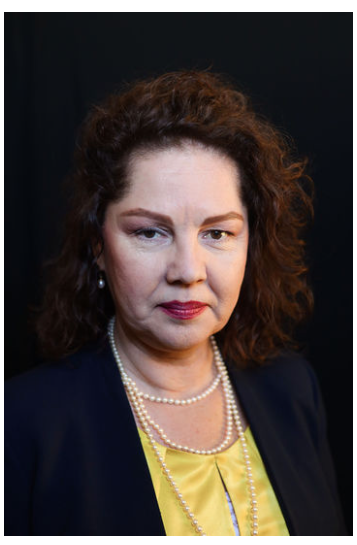 Linda Cervantes, Partner
